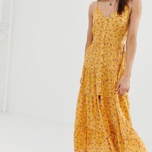 Back front Tiered Maxi dress L